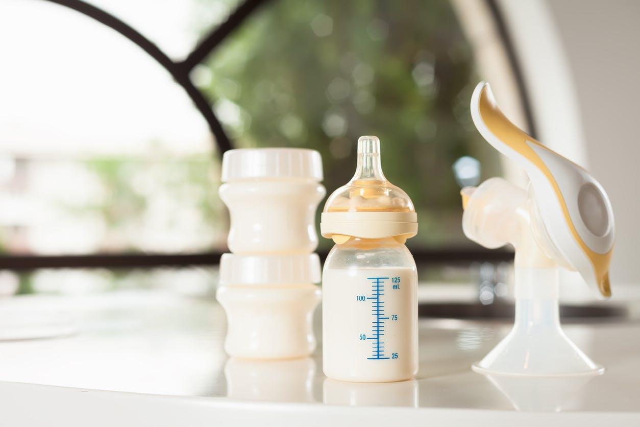 conseils et astuces pour tirer son lait: Maman et bébé conseils et astuces pour bien tirer son lait